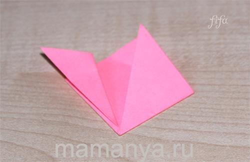 Оригами из цветной бумаги. Цветы